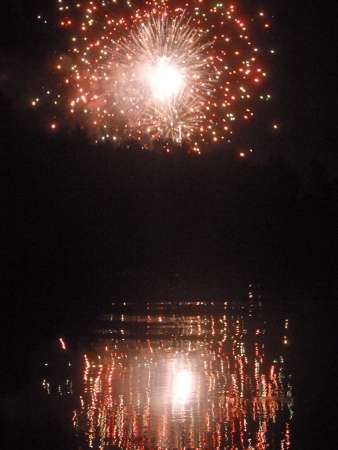 fireworks over river (2)